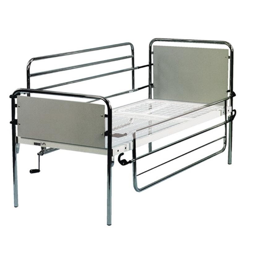 Struttura in tubo di acciaio cromato adattabile a qualsiasi tipo di letto.