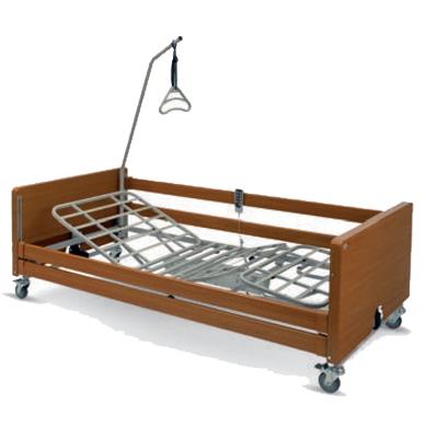 """Letto elettrico in legno con il piano rete realizzato in ferro, adatto per l'assistenza domiciliare ed in clinica, funzionale e facile da assemblare. <br /> <br /> <a href=""""https://www.nolortopedia.com/noleggio-letto-ortopedico-ospedaliero-da-degenza-elettrico-in-legno-a-milano-bergamo-brescia-como-lecco-crema-cremona-pavia-a-7-euro-al-giorno"""" target=""""_blank"""">VUOI PROVARLO A NOLEGGIO? TI SCONTIAMO I PRIMI 15GG DAL PREZZO DI ACQUISTO.CLICCA PER AVERE MAGGIORI INFORMAZIONI</a> <br /> <br /> <b>E' possibile richiedere il MONTAGGIO A DOMICILIO, chiamaci per maggiori informazioni!</b> <br /> <br />"""