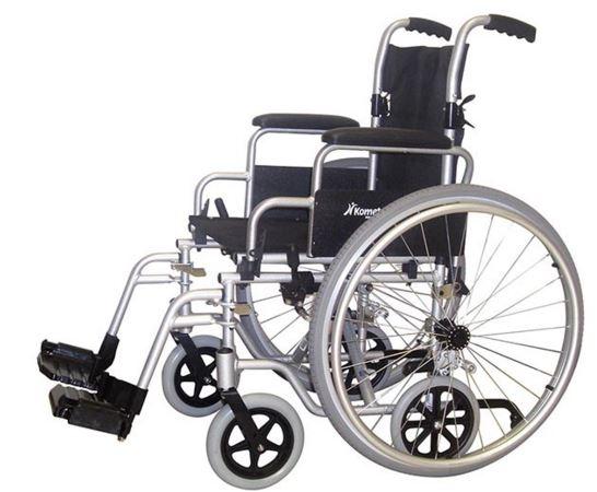 """Modello pieghevole ibrido """"all-in-one"""", struttura leggera in lega di alluminio, ruote post. 24"""" ad estrazione rapida, ruotine anti-ribaltamento, schienale abbattibile, braccioli desk estraibili e ribaltabili, pedane estraibili e regolabili in altezza."""