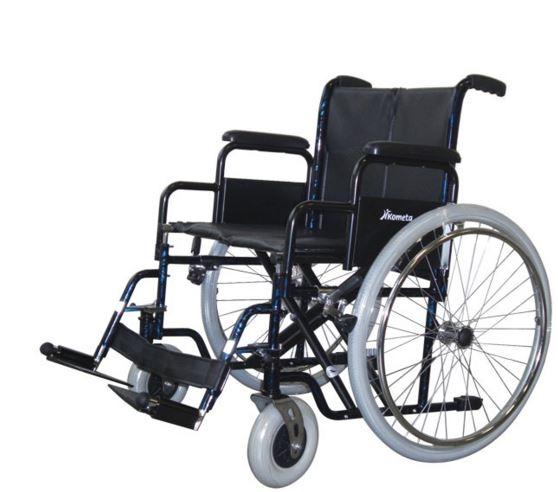 Carrozzina pieghevole standard ad auto spinta Seduta cm 50-55 Bracciolo a scrivania (desk) K12/2 Bracciolo lungo K11/2 (optional)Pedane fisse K20 Portata massima kg140