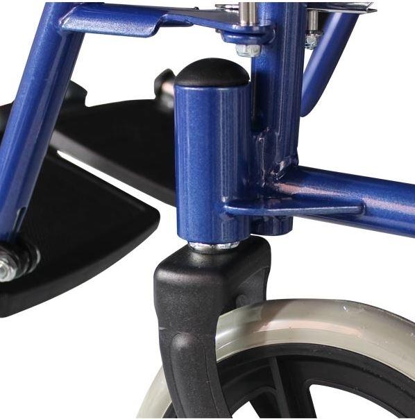 """Telaio a doppia crociera, braccioli desk estraibili, ruote posteriori da 12"""" con copertone in PU pieno: ruote anteriori da 8"""" con copertone in PU pieno; pedane estraibili e regolabili in altezza; colore blu."""
