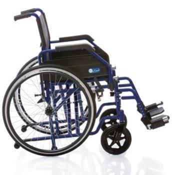 Telaio stabilizzante in acciaio verniciato DOPPIA crociera, seduta e schienale in nylon nero imbottito e lavabile, tasca portadocumenti sul retro.