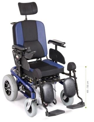 Immagine di Carrozzina elettrica ARIES PRO - Multifunzione - Seduta e schienale inclinabile elettronicamente - seduta 45cm - ARDEA CS920BL