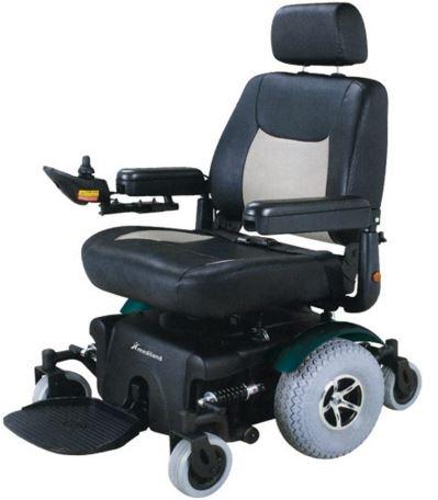 Carrozzina a 6 ruote per uso interno ed esterno dotata for Joystick per sedia a rotelle
